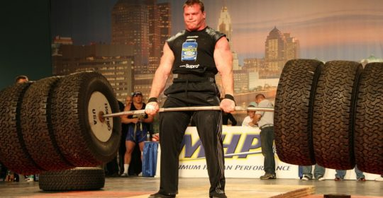 Derek Poundstone pulled 429 kg during the Hummer Tire Deadlift at the 2008 Arnold Strongman Classic